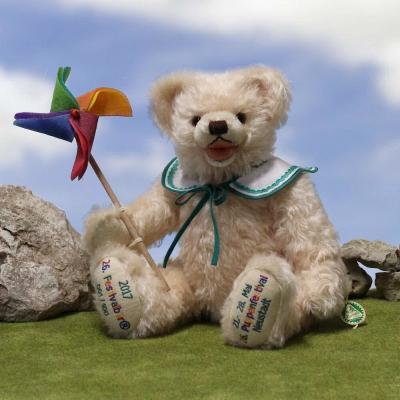 26th Festivalbär®  2017 36 cm Teddy Bear by Hermann-Coburg