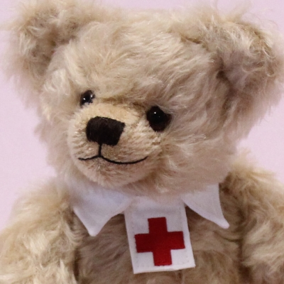 2020 – Everydays heroes – We say thank you 33 cm Teddy Bear by Hermann-Coburg