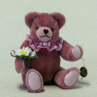 Club Bär 2017 – Blumenkind 19 cm Teddy Bear by Hermann-Coburg