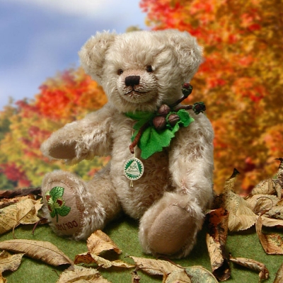 Little Hazelnut Bear Teddy Bear by Hermann-Coburg