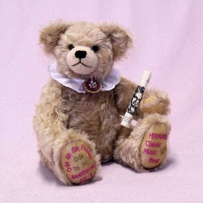 Ode to Joy – 24th Hermann Classic Music Bear 2020  34 cm Teddy Bear by Hermann-Coburg