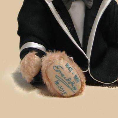 Edvard Grieg 40 cm Teddy Bear by Hermann-Coburg