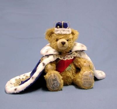 König Ludwig II of Bavaria Teddy Bear by Hermann-Coburg