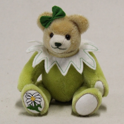 Little Edelweiss Bear 18 cm Teddy Bear by Hermann-Coburg