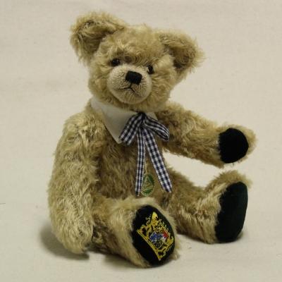 Bavarian Bear Gott mit dir, du Land der Bayern 36 cm Teddy Bear by Hermann-Coburg