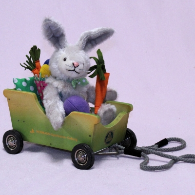 Easter Mobil 20 cm Teddy Bear by Hermann-Coburg