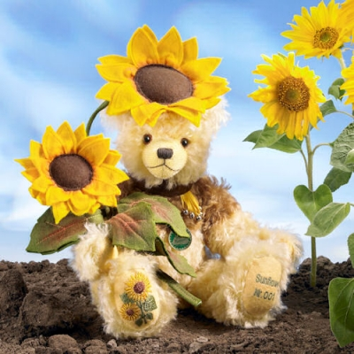 Sonnenblume - Sunflower Teddy Bear by Hermann-Coburg