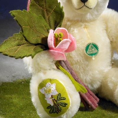 Christrose  Christmas Rose Teddy Bear by Hermann-Coburg