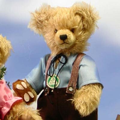 Hänsel  Teddy Bear by Hermann-Coburg