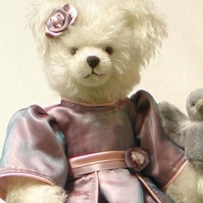 Aschenputtel (Cinderella) Teddy Bear by Hermann-Coburg
