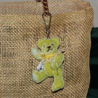 Teddy-Pendant lime green Miniature- Mohair-Teddy Piccolo 11 cm Teddy Bear by Hermann-Coburg