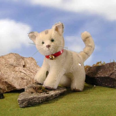 HERMANN Classic Cat Teddy Bear by Hermann-Coburg