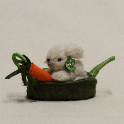 Miniature Bunny Hopsi in the basket 10 cm Teddy Bear by Hermann-Coburg