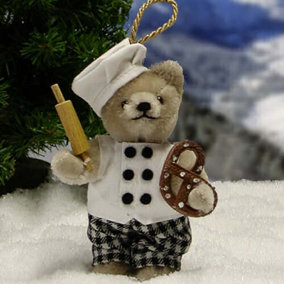 Brezel Bäcker Teddy Bear by Hermann-Coburg