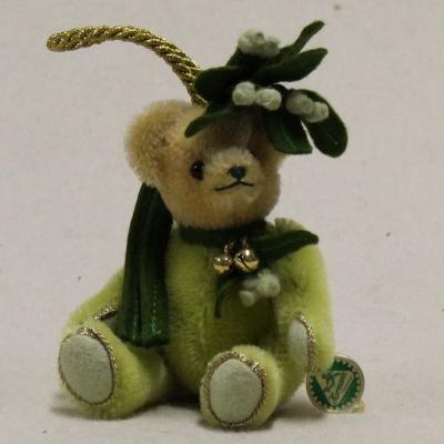 Little Mistletoe 13 cm Teddy Bear by Hermann-Coburg