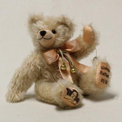 Kleiner Raffael 32 cm Teddybär von Hermann-Coburg