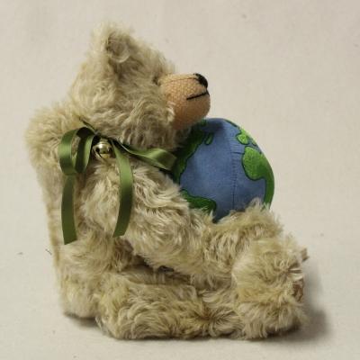 Klimaschutzbär Teddy Bear by HERMANN-Coburg