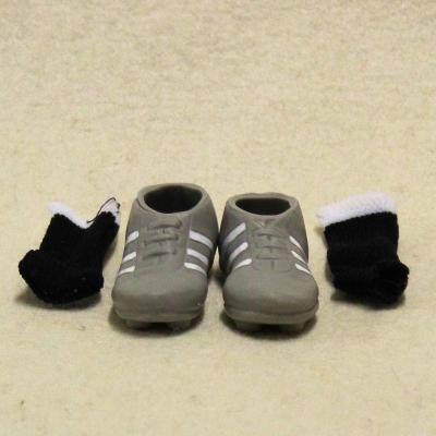 Mini-Fußball-Schuhe mit Strümpfen