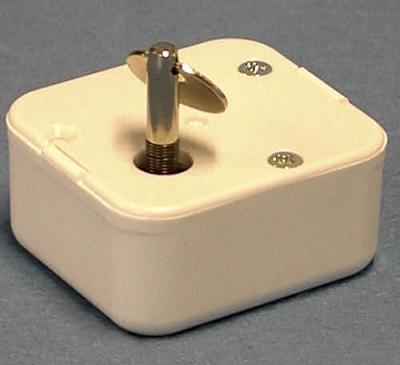 mechanisches Musikwerk mit Sicherheitschlüssel und Handaufzug