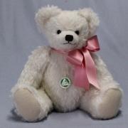 Zeitloser Klassiker - weiß 39 cm Teddybär von Hermann-Coburg