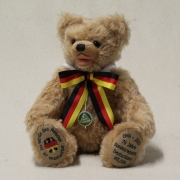 70 Jahre Bundesrepublik Deutschland 1949 - 2019 34 cm Teddybär von Hermann-Coburg