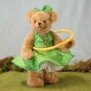 Hula Hoop Bär – grün 4. in der Reihe Sommerspiele 30 cm Teddy Bear