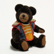 Club Bär 2009 19 cm Teddy Bear by Hermann-Coburg