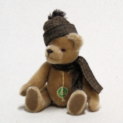 Club Bär 2006 19 cm Teddy Bear by Hermann-Coburg