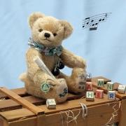 HERMANN Jahresbär 2021 – Mein Teddy und ich 36 cm Teddybär von Hermann-Coburg