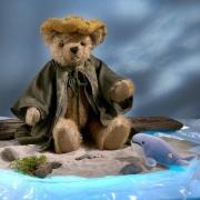 Jonah und der Walfisch Teddy Bear by Hermann-Coburg