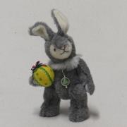 Ein kleiner Osterhase 19 cm Teddybär von Hermann-Coburg