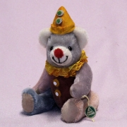 Kleiner Karnevals-Teddy Alaaf 18 cm Teddy Bear by Hermann-Coburg