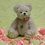 Sweetie – Valentine Bear 2015 Teddy Bear by Hermann-Coburg