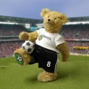 Teddybär  Historische Fußball-Momente (Unikat) 33 cm Teddybär von Hermann-Coburg