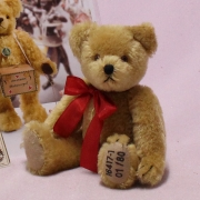 Time-honoured Classic Modell: 16417-1 #001 23 cm Teddy Bear by Hermann-Coburg