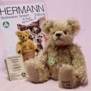 Time-honoured Classic Modell: 16424-9 #001 32 cm Teddy Bear by Hermann-Coburg